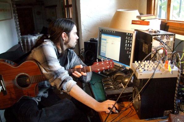 David Little, working in El Gallinero.